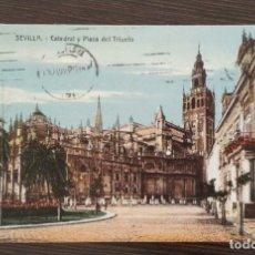 Postales: POSTAL DE SEVILLA CATEDRAL Y PLAZA DEL TRIUNFO . Lote 174068732