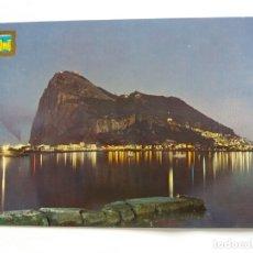 Postales: TARJETA POSTAL - LA LINEA - VISTA NOCTURNA DEL PEÑÓN DE GIBRALTAR 12. Lote 179181297