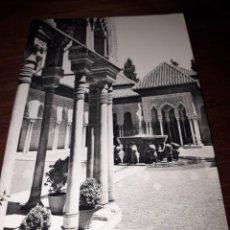 Postales: Nº 11716 POSTAL GRANADA ALHAMBRA PATIO DE LOS LEONES. Lote 180288657
