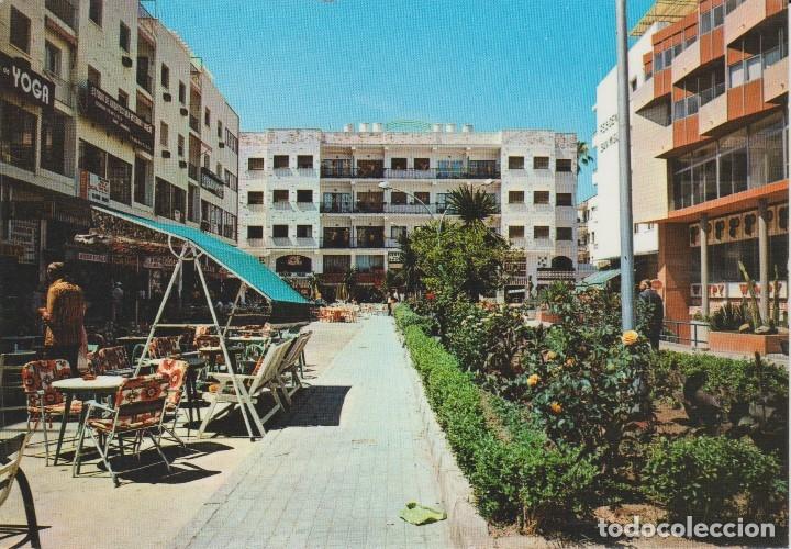 (10) TORREMOLINOS. PLAZA DE ANDALUCIA (Postales - España - Andalucia Moderna (desde 1.940))