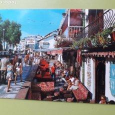 Postales: MÁLAGA TORREMOLINOS COSTA DEL SOL PLAZA 1486 TARJETA POSTAL CIRCULADA ESPAÑA. Lote 184930838