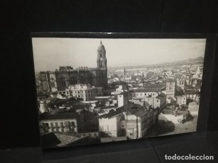 TARJETA POSTAL FOTOGRAFICA DE MALAGA. VISTA GENERAL. EDICIONES FOTO CORTES. (Postales - España - Andalucía Antigua (hasta 1939))
