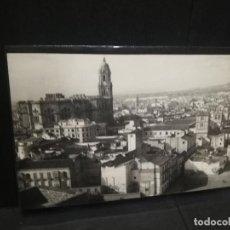 Postales: TARJETA POSTAL FOTOGRAFICA DE MALAGA. VISTA GENERAL. EDICIONES FOTO CORTES.. Lote 188789275