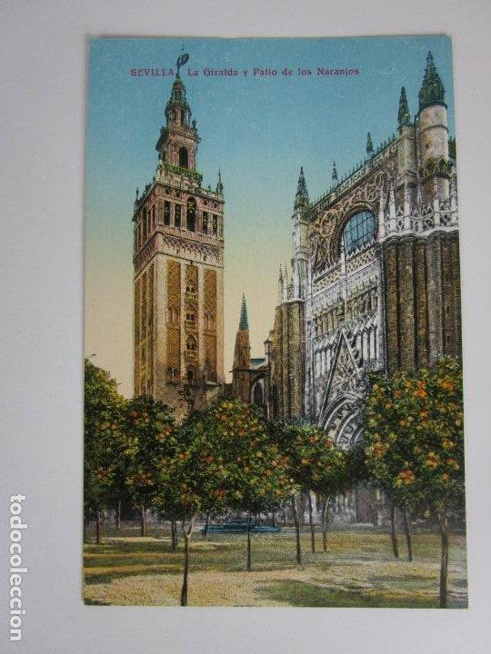 TARJETA POSTAL SEVILLA - LA GIRALDA Y PATIO DE LOS NARANJOS - C.R.S (Postales - España - Andalucía Antigua (hasta 1939))