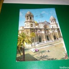 Postales: ANTIGUA POSTAL DE CÁDIZ. CATEDRAL. AÑOS 60. Lote 194236216