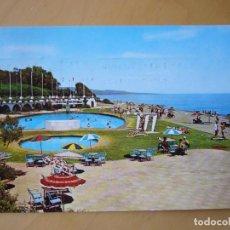 Postales: MARBELLA (MÁLAGA) - ANDALUCIA LA NUEVA. PISCINA DEL CLUB LA SIESTA (ESCRITA Y CIRCULADA). Lote 195410840