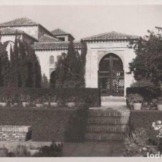 Postales: POSTAL MÁLAGA - ALCAZABA PATIO DE LOS SURTIDORES - 54 GARRABELLA. Lote 199825105