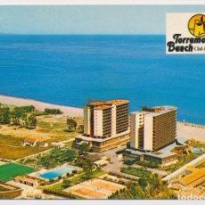 Postales: TORREMOLINOS BEACH CLUB HOTEL, PLAYA DEL LIDO, TORREMOLINOS (MÁLAGA). FOT ANTONIO 1983. SIN CIRCULAR. Lote 206985546