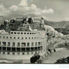 Postales: ALMUÑECAR-(GRANADA)- HOTEL SEXI-CASTILLO Y PLAYA-AÑO 1960. Lote 215932993
