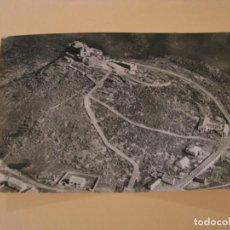 Postales: POSTAL FOTOGRÁFICA DE ANDUJAR. VISTA AEREA DEL CABEZO Y SANTUARIO. FOTO PAISAJES ESPAÑOLES CIRCULADA. Lote 242193570