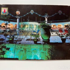 Cartes Postales: TARJETA POSTAL. MÁLAGA. MARBELLA. Nº 11.- HOTEL LAS CHAPAS. VISTA NOCTURNA. ED. ESCUDO DE ORO. Lote 252396335