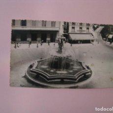Cartes Postales: POSTAL FOTOGRÁFICA DE MÁLAGA. FUENTE LUMINOSA EN PLAZA DE JOSE ANTONIO. DIEGO CORTES. 1960. ESCRITA.. Lote 254822045