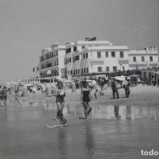 Postales: POSTAL CADIZ HOTEL Y PLAYA VICTORIA Nº 36, 1960. EDICIONES SICILIA. Lote 258878340