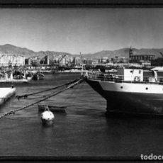 Cartoline: POSTAL DE MALAGA-VISTA DEL PUERTO DESDE UNO DE LOS MORROS-NUEVA-SINN FRANQUEAR-NO ESCRITA REVERSO .. Lote 292177718