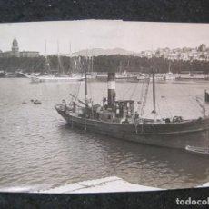 Postales: MALAGA-PUERTO Y CATEDRAL-BARCO-FOTOGRAFIA ANTIGUA-VER REVERSO-(85.357). Lote 296893933