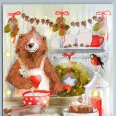 Postales: FUNNY BROWN BEAR MAKES CHRISTMAS COOKIES KITCHEN COOK BULLFINCH NEW POSTCARD - ANNA GALITSKAYA. Lote 278753138