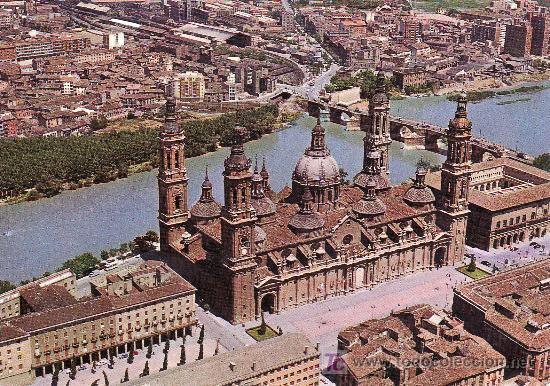ZARAGOZA.BASILICA DEL PILAR Y RIO EBRO.CIRCULADA 1978 .VER FOTO ADICIONAL. (Postales - España - Aragón Moderna (desde 1.940))