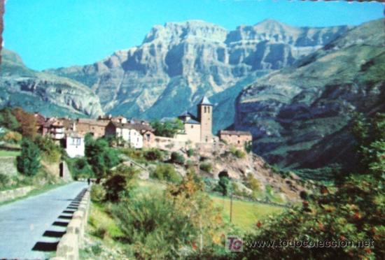 PIRINEO ARAGONÉS. HUESCA. TORLA. VISTA PARCIAL Y EL MONDARRUEGO AL FONDO. GARCÍA GARRABELLA 302. (Postales - España - Aragón Moderna (desde 1.940))