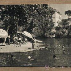 Postales: POSTAL ALHAMA DE ARAGÓN.LAGO Y PLAYA. EDICIONES SICILIA. CIRCULADA A CASA SERRET REUS. Lote 31053049