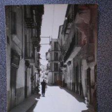 Postales: POSTAL VALDERROBRES TERUEL CALLE JOSÉ ANTONIO. Lote 34116970