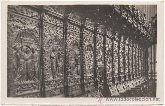 ZARAGOZA.- BASÍLICA DEL PILAR. CORO DETALLE DE LA SILLERÍA. SIGLO XVI. (Postales - España - Aragón Moderna (desde 1.940))