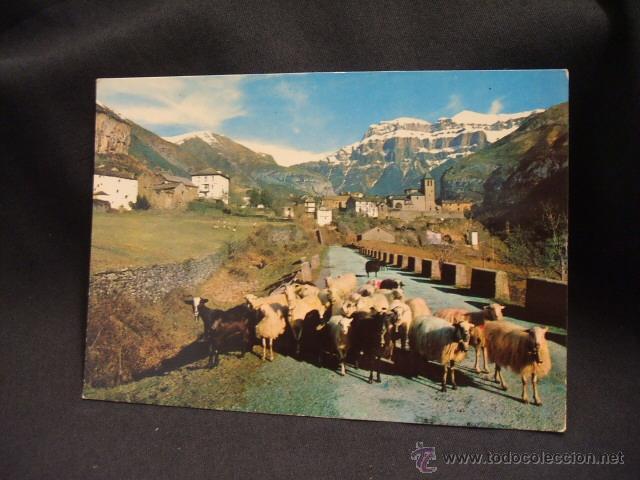 POSTAL - TORLA - VISTA GENERAL Y MONDARRUEGO AL FONDO - HUESCA - (Postales - España - Aragón Moderna (desde 1.940))