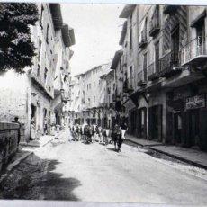 Postales: FOTOGRAFIA ANTIGUA. ORIGINAL. 17 X 22 CM. DAROCA. 1908. ZARAGOZA. UNA CALLE.. Lote 28372797