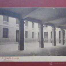 Postales: ZARAGOZA, COLEGIO ESCUELAS PIAS , UN PATIO DE RECREO. (FOTOTIPIA THOMAS). SERIE A Nº7.. Lote 49640814