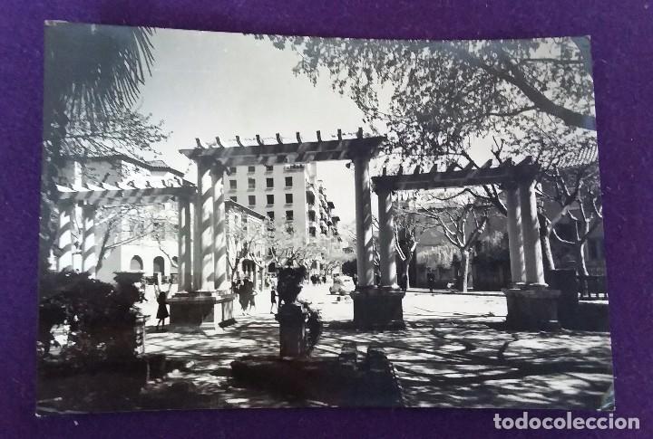 POSTAL DE HUESCA. N°13 ENTRADA AL PARQUE. EDIC.SICILIA. AÑOS 50. (Postales - España - Aragón Moderna (desde 1.940))