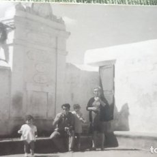 Postales: ANTIGUA FOTOGRAFÍA. FUENTE LOS CAÑOS. SARRION. TERUEL. FOTO AÑOS 50 /60.. Lote 66005658