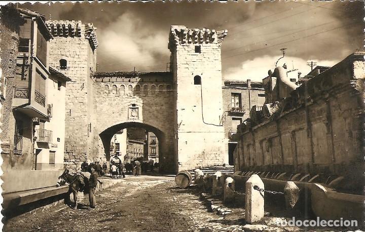 DAROCA (ZARAGOZA) - PUERTA BAJA Y FUENTE DE LOS 20 CAÑOS - EDICIONES SICILIA - MANUSCRITA (Postales - España - Aragón Moderna (desde 1.940))