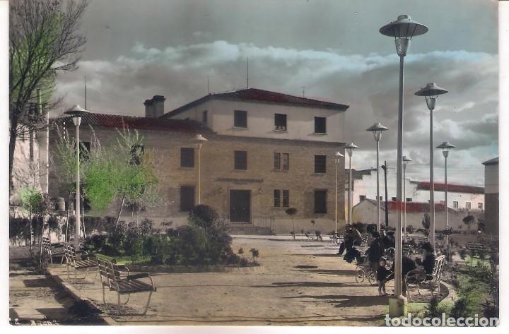 POSTAL DE CASPE - PLAZA DE ARAGÓN . (Postales - España - Aragón Moderna (desde 1.940))