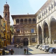 Postales: POSTAL ALCAÑIZ.-PALACIO MUNICIPAL Y LONJA -COCHES. Lote 162911578