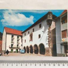 Postales: POSTAL. BIELSA. HUESCA. PLAZA Y AYUNTAMIENTO. FOTO PEÑARROYA. H. 1975?.. Lote 163377269