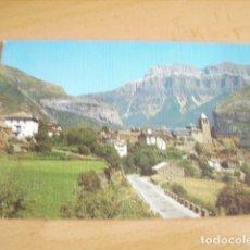 Postales: TORLA ( HUESCA ) VISTA GENERAL Y MONDARRUEGO AL FONDO. Lote 177268272