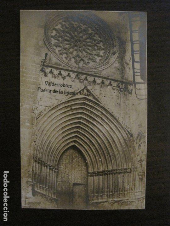 VALDERROBRES-PUERTA DE LA IGLESIA-POSTAL FOTOGRAFICA JOSE FLAMERICH-VER FOTOS-(63.803) (Postales - España - Aragón Antigua (hasta 1939))