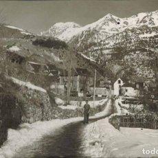 Postales: SALLENT DE GÁLLEGO, HUESCA. Nº 4, BARRIO DE AGUAS LIMPIAS. FOTOGRÁFICA EDC. SICILIA. CIRCULADA 1956. Lote 214152582