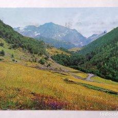 Postales: POSTAL VALLE DE GISTAU, VISTA PANORAMICA AL FONDO MACIZO DE POSETS, AÑOS 70. Lote 244979460