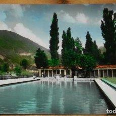 Postales: FOTO POSTAL DE BIESCAS. VALLE DEL TENA. Nª 7. PISCINA. ED. SICILIA. NO CIRCULADA. ESCRITA.. Lote 294995958