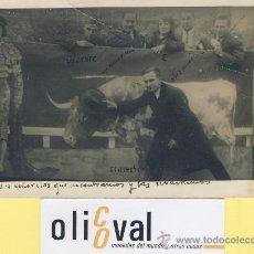 Postales: POSTAL- TOROS -EL DIESTRO 1-2 D0S SEÑORITAS-UN AMERICANO-1925 P-02126. Lote 38128369