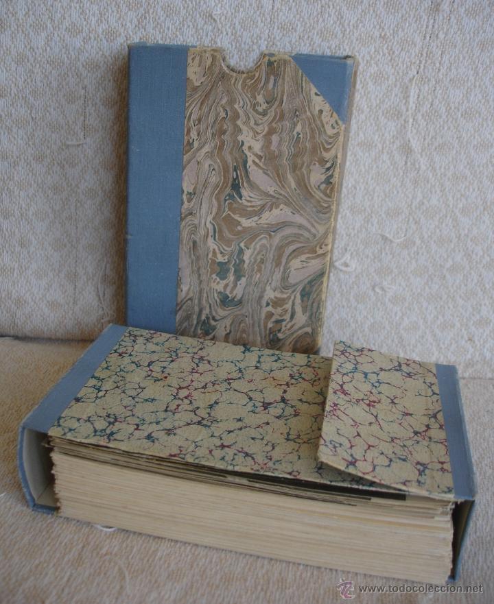 ESTUCHE EDITORIAL CON APROX. 95 POSTALES DE OBRAS EXPUESTAS EN EL MUSEO DE EL LOUVRE 1910 CA (Postales - Postales Temáticas - Arte)