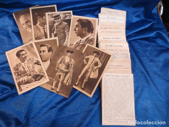 IMPORTANTE COLECCIÓN DE 106 POSTALES DE TOREROS CON SU BIOGRAFÍA E HISTORIA DE 1945 (Postales - Postales Temáticas - Arte)