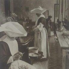Postales: SALON 1913 G. DERVAUX COCINA DE UN HORFELINATO. Lote 147864278