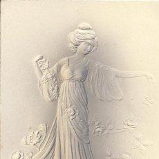 Postales: MUJER MODERNISTA EN RELIEVE. K. F. EDITEURS. PARIS. SERIE 580. 1911. ART NOUVEAU. CALELLA.. Lote 217929815