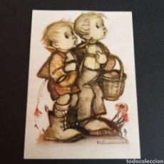 Postales: POSTAL ANTIGUA ARTE MARÍA INNOCENTIA HUMMEL GRATULANTEN MANY HAPPY AT. Lote 246334945