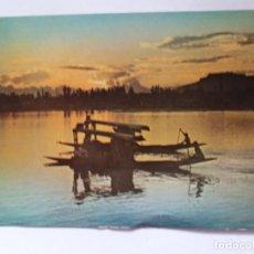 Postales: TARJETA POSTAL - PUESTA DE SOL EN EL LAGO DAL - KASHMIR INDIA ASIA. Lote 183373001