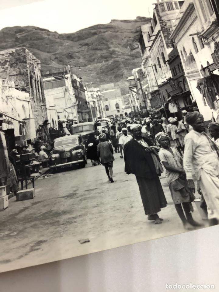 Postales: POSTAL YEMEN, ADEN Native Bazaar, Crater. Photo Dick Ketchian. Circ 1962. - Foto 2 - 288568918