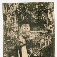 Postales: COVADONGA. VISTA GENERAL DE LA CUEVA. ED. J.N.B. REVERSO SIN DIVIDIR. CIRCULADA EN 1903. Lote 25731407