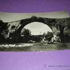 Postales: 18.-CANGAS DE ONIS,ASTURIAS, PUENTE ROMANO,FOTO M.FIGUEROLA. EXCL EL BARATO, 14X9 CM.. Lote 23164098