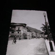 Postales: CANGAS DE ONIS,ASTURIAS,AVENIDA COVADONGA,M.FIGUEROLA FOTGR. 14X9 CM.. Lote 23396962